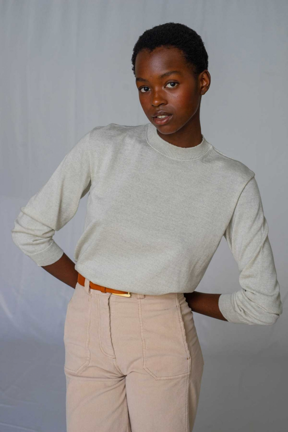 ROUND-NECK MERINO SWEATER...