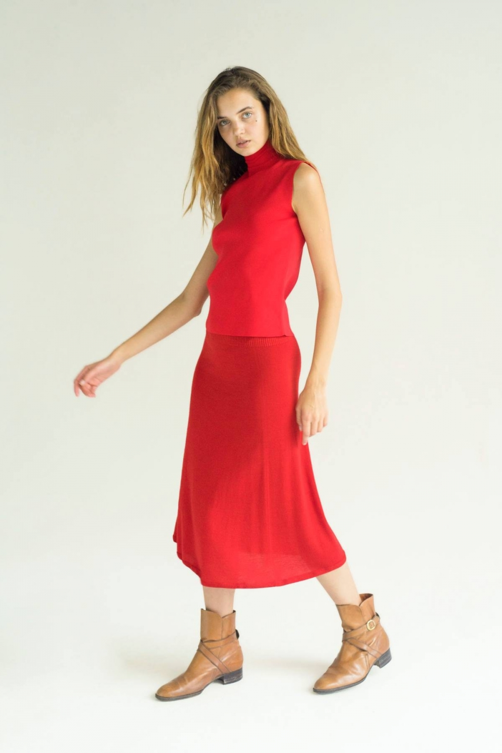 EXTRAFINE MERINO SKIRT IN RED