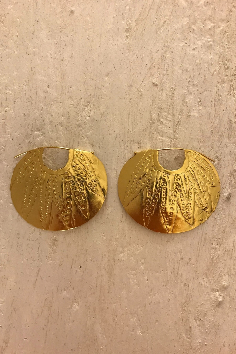 ARMENIAN GOLDEN EARRINGS